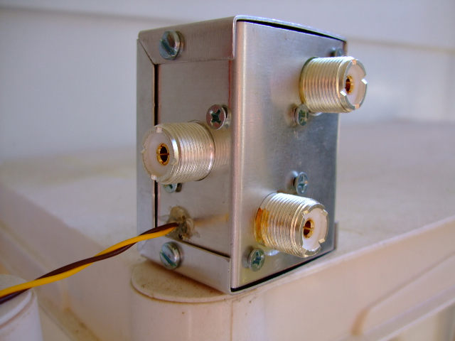 Simple Two Position Remote Antenna Switch - W4KAZ